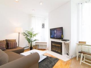 Spacious and Bright 2 Bedroom, 1 Bathroom Apartment in New York, Nueva York