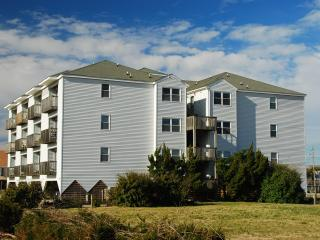 Station One 2-A, Decked Out 2 Bedroom Condo, Kill Devil Hills