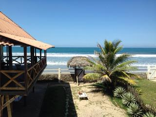 OCEANFRONT PARADISE, Manglaralto