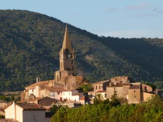 Home away from home! Charming  hous in village near to Carcassonne