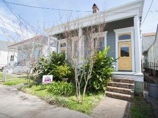 Beautiful Home-10mins from FQ Ferry, New Orleans
