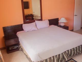 YB Sunshine Apartment Ochi Jamaica, Ocho Rios