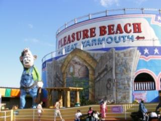Gt Yarmouth pleasure beach