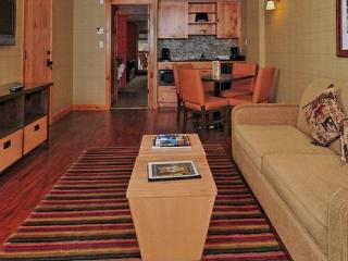 Banff Fox Hotel & Suites Superior 2 Bedroom Suite