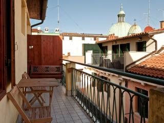 Beautiful house near the Grand Canal with terrace, Venecia