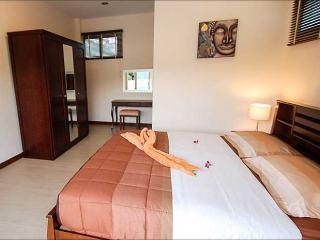 Spacious 3 BR Villa in Krabi Town!, Ao Nang