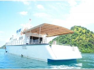 RANGGA ALO YACHT | LUXURY YACHT CHARTER TO KOMODO, Labuan Bajo
