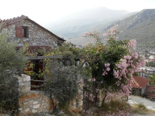 Small stone house for rent, Megalos Prinos