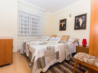 4* stylish apartment near center, Trogir