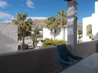 South-facing apartment, close to beach, Mojácar