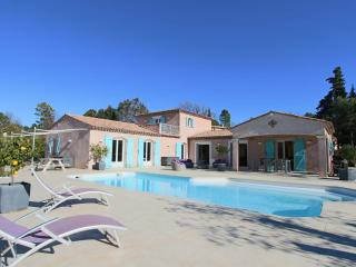 Une villa en Provence, Montauroux