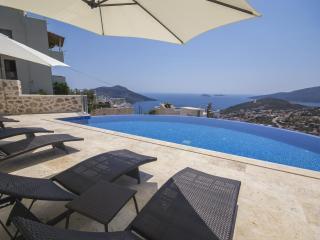 Luxury villa in Kiziltas/Kalkan , sleeps 14 : 197