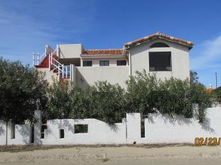 LA PASTORERA 2 BED 2 BATH W/SWIMMING POOL ACCESS, Ensenada