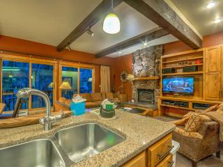 True Ski In/Out Townhome, Steamboat Springs