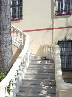 Stair up to the entry
