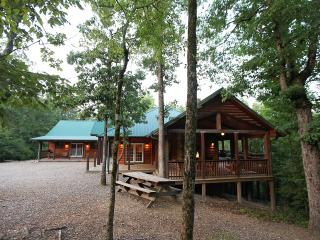Timber Rock Lodge (4/3) Large Upscale Lodge, Broken Bow