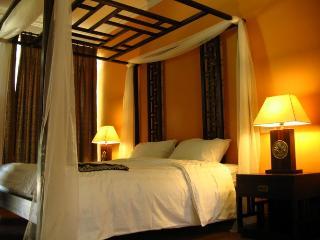 Serene Villa in Pantai Tengah!