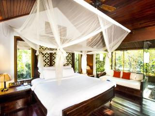 Awesome 2-Bedroom Villa!, Di An