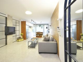 Brand new 3br sleeps 7! 100sqm