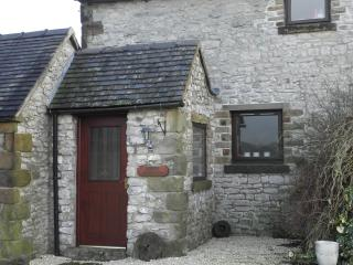 THE MILLSTONE  COTTERILL FARM COTTAGES, Biggin-by-Hartington