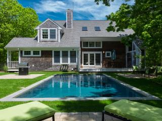 KASEE - Sea Haven, Edgartown Village, Heated Pool