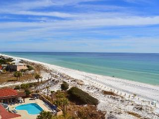 BEACH MANOR 709 ~ perfect weather ~ fun FREE activities ~ private resort