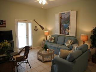 Hidden Gem, 1 Bedroom, 1 Bath, Ocean View Home, Sun Deck, Fenced Yard, Saint Augustine