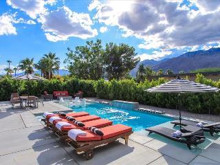 Brand New: 10 Bed 12 Bath Pristine Luxury Estate, Palm Springs