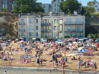 Eagle House Beach Apartment, Broadstairs