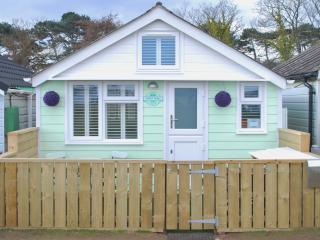 Luxury Dunster Beach Hut / Chalet