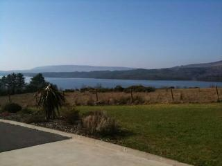 Lake view holiday home, Belcoo