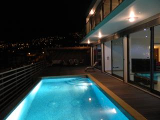 Best views of Funchal. Villa Boa Vista. Luxury 3 bedroom villa and Heated Pool.