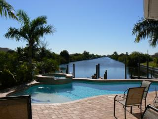 CAPE CORAL FLORIDA WATERFRONT HOME