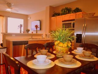 Great new townhouse 1 mile from Disney in Orlando, Kissimmee