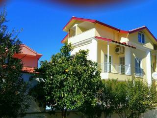 Karaca Apartments