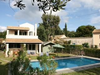 Villa Ares, Private Swimming Pool & Garden