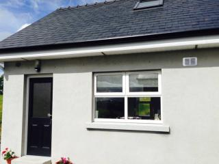 Cosy village holiday home to explore Yeats country