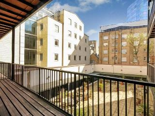 Covent Garden/Holborn with Private Balcony