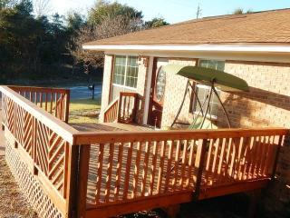 Pier Park Cottage - Front Sundeck Deck - 16\\\' x 12\\\'