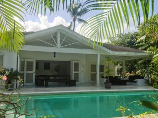 Tropical villa with a swimming pool, Las Terrenas