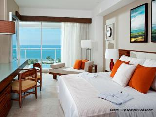 BEAUTIFUL LIVING at GRAND BLISS Studio Nuevo Vallarta MarGan
