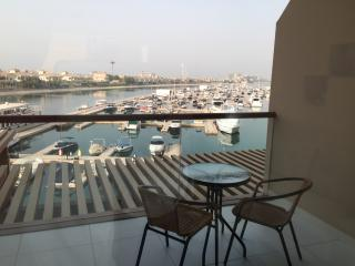 Seafront Large Studio on Palm Jumeirah - East View, Dubaï