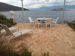 villa-skorponeria  with heartbreaking see view, Politika