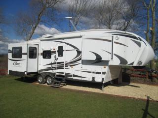 Luxury american trailer(riverside location), Tewkesbury