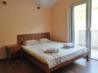 Two room apartment 4+2 Rafailovici