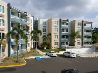 Affordable! Beach town, 2 Bedroom Condo