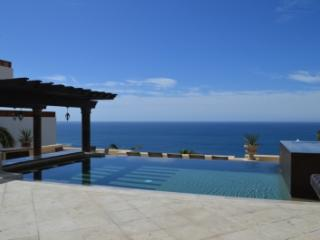 Tremendous 7 Bedroom Villa in Cabo San Lucas