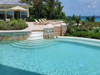 Unbelievable 7 Bedroom Villa in Long Bay