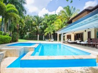 Magnificent 4 Bedroom Villa in Casa de Campo, La Romana