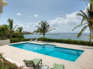 Magical 3 Bedroom Villa in Blowing Point